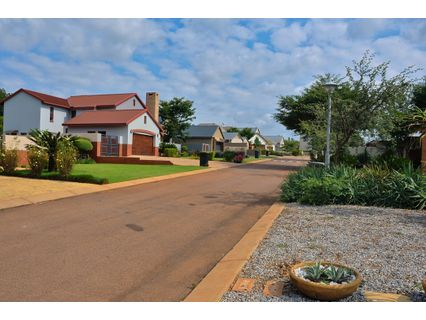 R 3,595,000 - 4 Bed Property For Sale in Eldo Lakes Estate