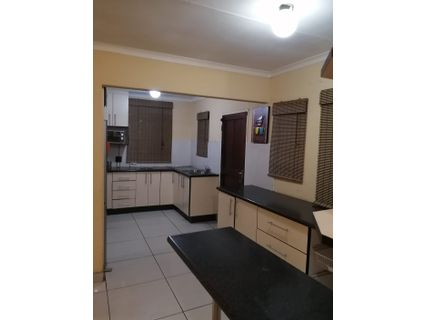 R 850,000 - 3 Bed House For Sale in Delville