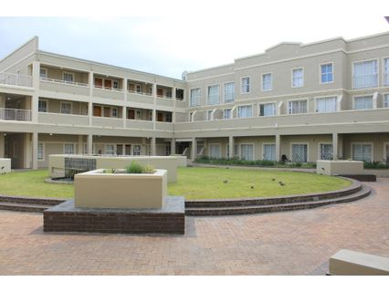R 1,250,000 - 3 Bed Flat For Sale in La Colline