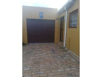 R 1,150,000 - 2 Bed Property For Sale in Kenwyn