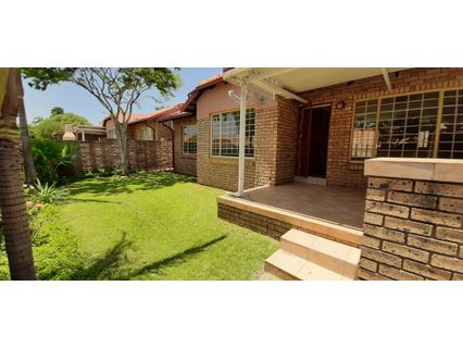 R 1,290,000 - 3 Bed Property For Sale in Magalieskruin