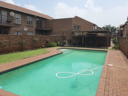 R 799,000 - 2 Bed Apartment For Sale in Hennopspark