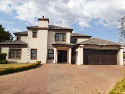R 3,950,000 - 6 Bed House For Sale in Irene