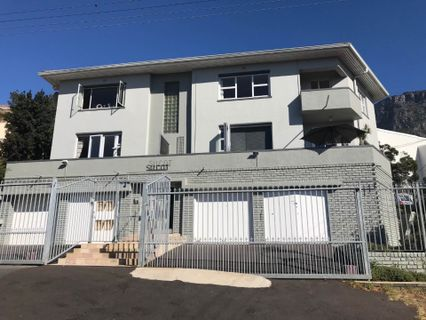 R 3,450,000 - 2 Bed Flat For Sale in Vredehoek