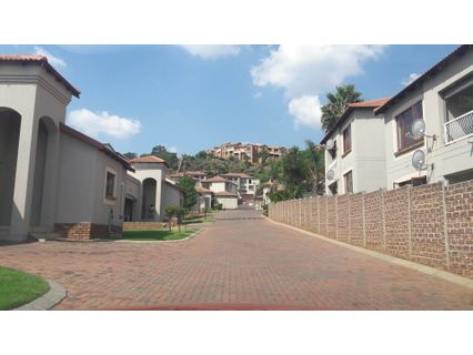 R 1,050,000 - 2 Bed Flat For Sale in Winchester Hills