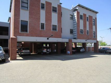 R 760,000 - 3 Bed Property For Sale in Silverfields