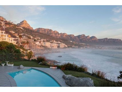 R 55,000 - 4 Bed Apartment To Rent in Clifton