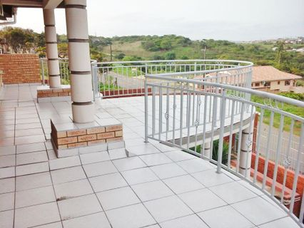 R 1,895,000 - 7 Bed House For Sale in Vanrova