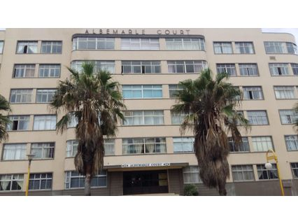 R 1,050,000 - 1 Bed Flat For Sale in North Beach