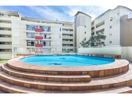 R 1,700,000 - 2 Bed Apartment For Sale in Umhlanga
