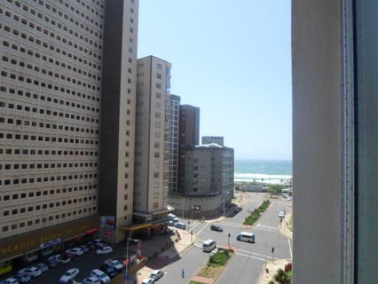 R 1,095,000 - 2 Bed Apartment For Sale in North Beach