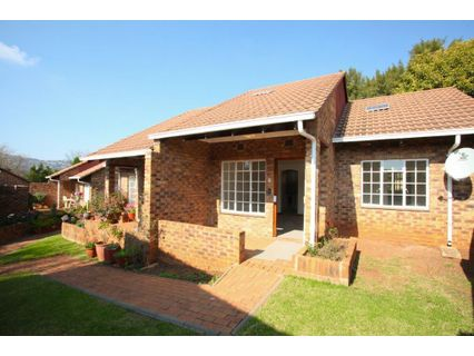 R 900,000 - 1 Bed Property For Sale in Fairland