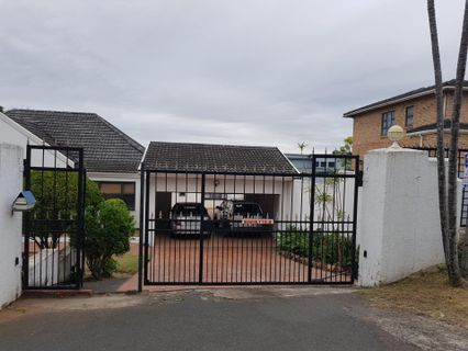 R 2,350,000 - 4 Bed House For Sale in Sherwood