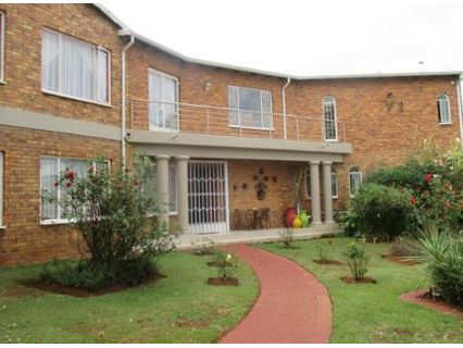 R 1,930,000 - 5 Bed House For Sale in Bergsig