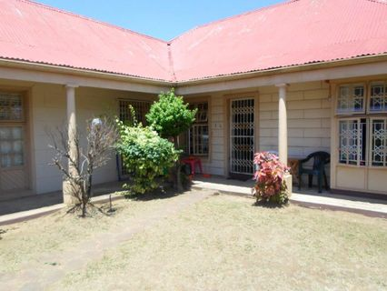 R 780,000 - 2 Bed Property For Sale in Bellair