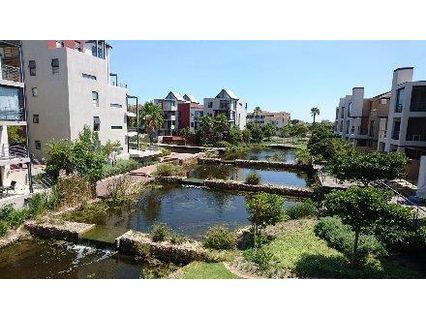 R 2,600,000 - 2 Bed Flat For Sale in Century City