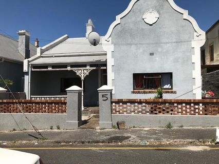 R 2,850,000 - 4 Bed House For Sale in Woodstock