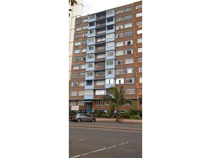 R 995,000 - 1 Bed Flat For Sale in North Beach