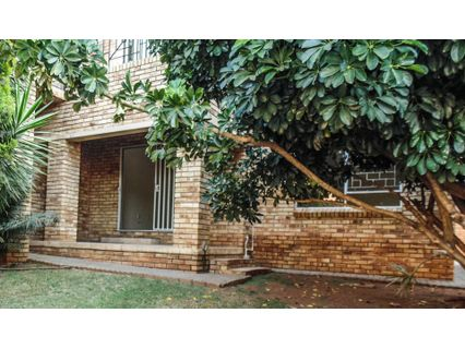R 650,000 - 2 Bed Property For Sale in Little Falls