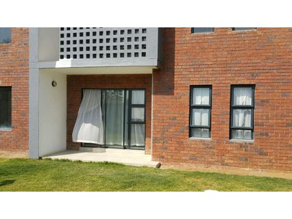 R 730,000 - 2 Bed Apartment For Sale in Ravenswood