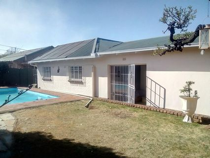 R 1,295,000 - 3 Bed House For Sale in Primrose Hill