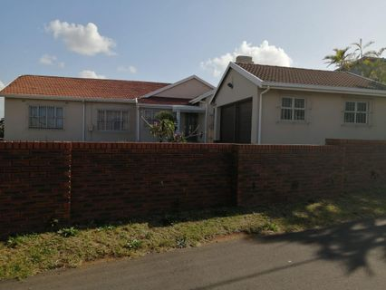 R 2,199,000 - 4 Bed Home For Sale in Bluff