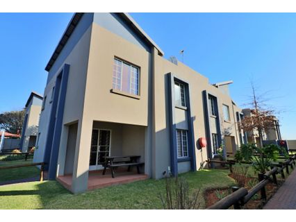 R 990,000 - 3 Bed Home For Sale in Brentwood Park