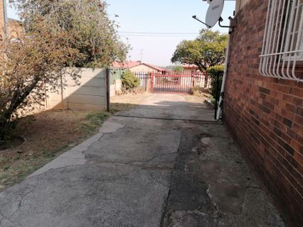 R 9,500 - 3 Bed Home To Rent in Elsburg