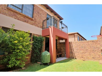 R 1,200,000 - 2 Bed Property For Sale in Rynfield