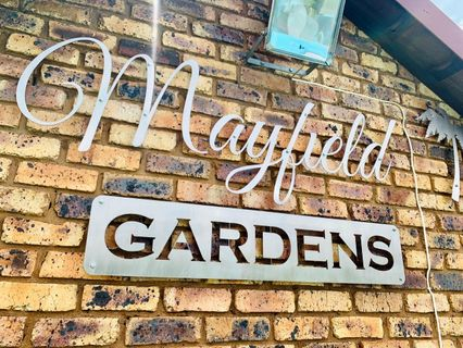 R 1,145,000 - 3 Bed Property For Sale in Mayfield Park
