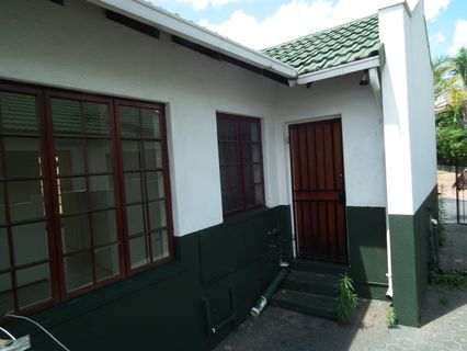 R 800,000 - 2 Bed Property For Sale in Krugersdorp North