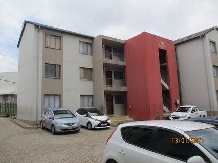 R 4,800 - 2 Bed Flat To Rent in Fleurhof