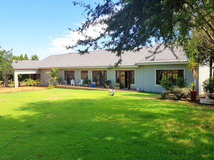 R 4,900,000 - 3 Bed Farm For Sale in Krugersdorp