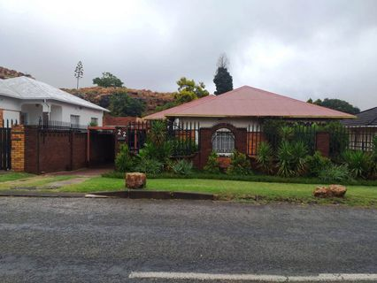 R 850,000 - 3 Bed House For Sale in Rosettenville