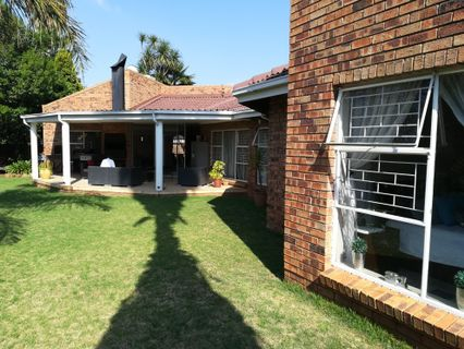 R 2,499,000 - 4 Bed House For Sale in Northvilla