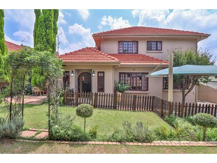 R 2,850,000 - 6 Bed Home For Sale in Blairgowrie