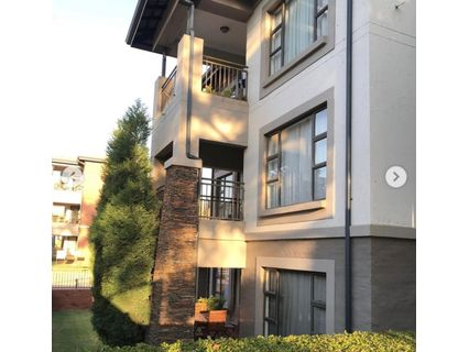 R 1,550,000 - 2 Bed Flat For Sale in Parkwood