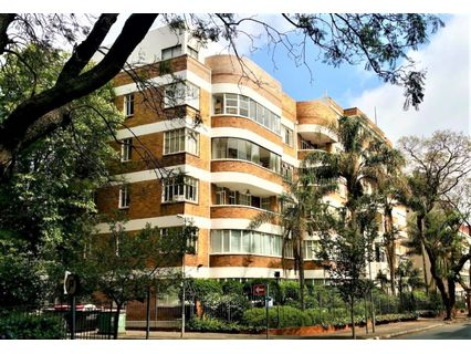 R 2,899,000 - 2 Bed Flat For Sale in Killarney