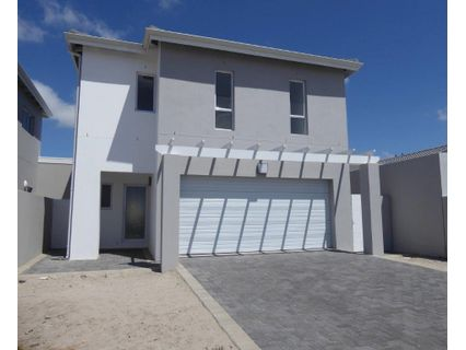R 2,650,000 - 3 Bed Home For Sale in Sandown