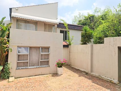 R 2,295,000 - 3 Bed House For Sale in Parkhurst