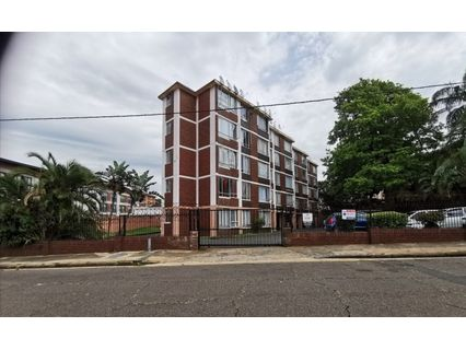 R 6,900 - 2 Bed Apartment To Rent in Essenwood