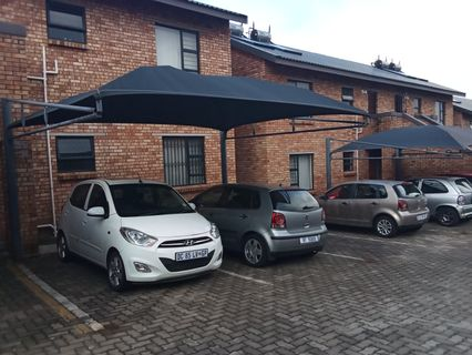 R 750,000 - 2 Bed Property For Sale in Albemarle