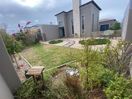 R 3,199,000 - 4 Bed Property For Sale in Parklands North