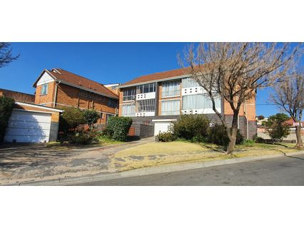 R 480,000 - 1 Bed Flat For Sale in Rosettenville