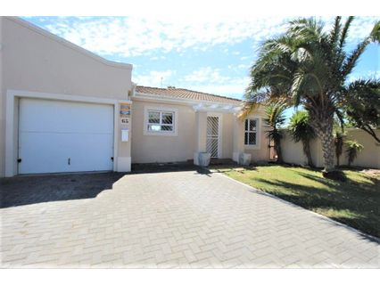 R 1,899,000 - 2 Bed Property For Sale in Sunningdale