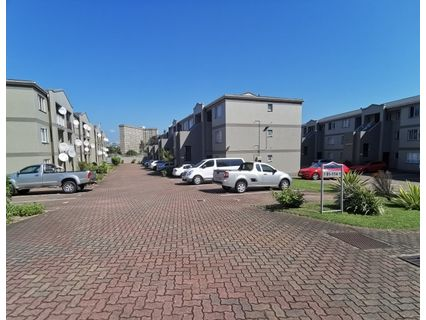 R 7,500 - 2 Bed Flat To Rent in North Beach