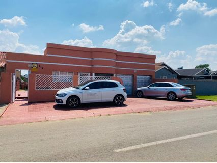 R 730,000 - 3 Bed House For Sale in Lenasia