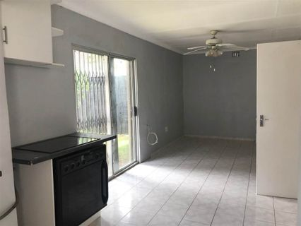 R 5,500 - 1 Bed Property To Let in Randpark Ridge
