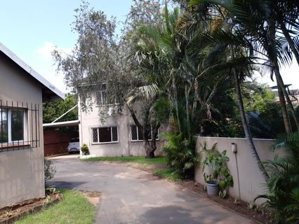 R 2,175,000 - 3 Bed House For Sale in Essenwood