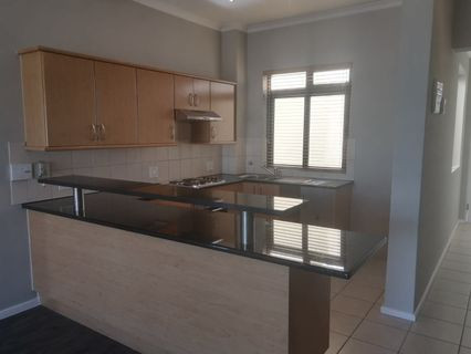 R 12,500 - 2 Bed Apartment To Rent in Century City